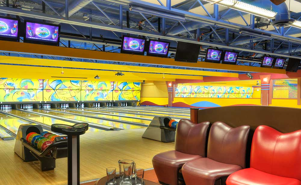 Birthday Parties at Boston Bowl Hanover - Corporate Events